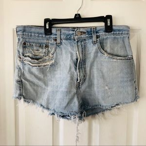Vintage distressed Levi high waisted 505 shorts